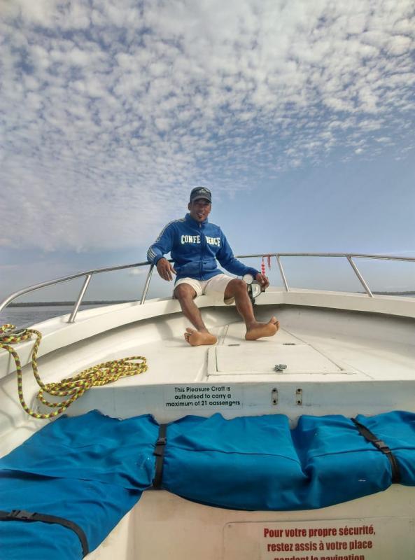 Patrick KARIA Le Grand Bleu Poudre d'Or